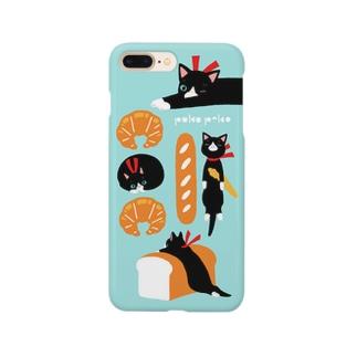 パンとハチワレくん Smartphone cases