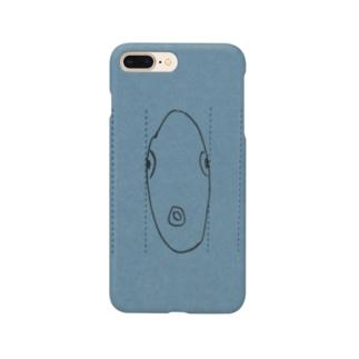 正面から見た魚 Smartphone cases
