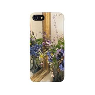 青い庭の花スマホケース〜iPhone8/7 Smartphone cases