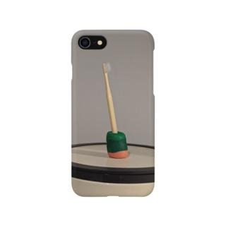 3月、歯ブラシとゴミ箱 Smartphone cases
