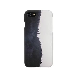 静かな夜の森 Smartphone cases