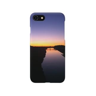 朝焼け  Morning River Smartphone cases