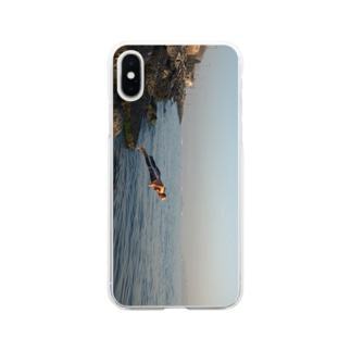 飛び込むおじさん Soft clear smartphone cases
