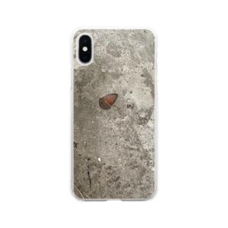 踏まれたどんぐり Soft clear smartphone cases