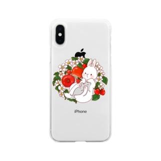 赤い果物うさぎさん Soft clear smartphone cases