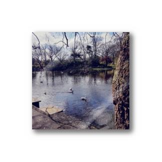 池と鳥 Stickers