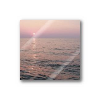 海に浮かぶ月 Stickers
