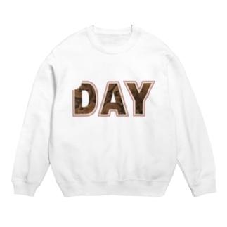 WHITE - DAY Sweats