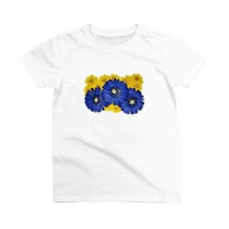 ホワイトブーケ ガーベラ T-shirts