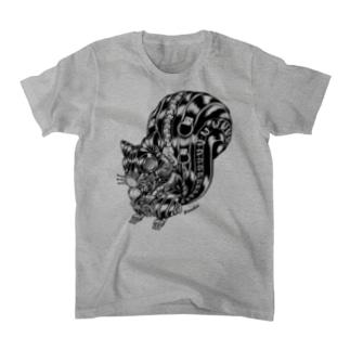 "Animalia Kinky "" Black Squirrel "" Tシャツ"