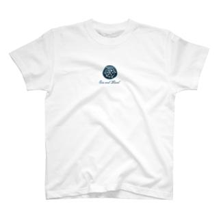 Sea and Land(テキスト下) Tシャツ