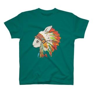 羽飾りのうさぎ Tシャツ