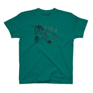 大なり T-shirts