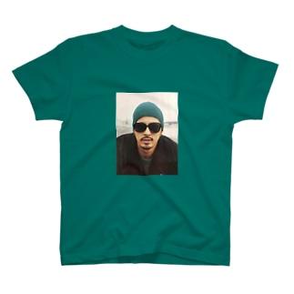 kjT  T-shirts