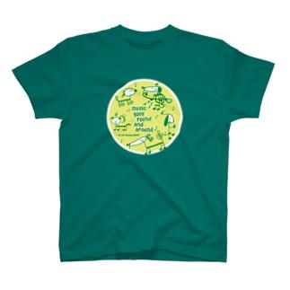 音符犬 T-shirts