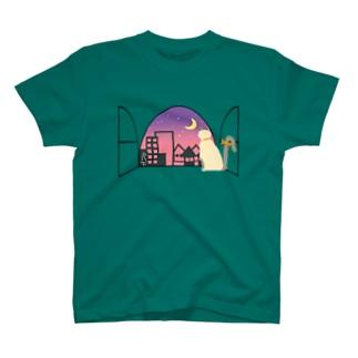 window side [Ragdoll] T-shirts