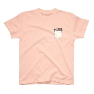 ぽっけに2匹のフクロモモンガ バックプリントあり T-shirts