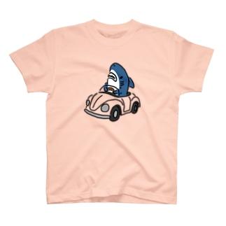 色が変わる!運転を覚えたサメ T-shirts