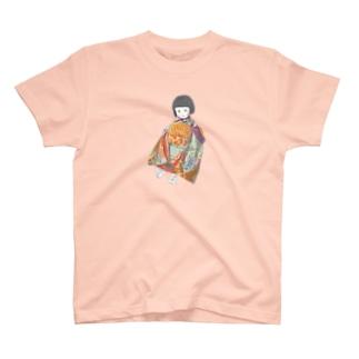 市松人形 茜 T-shirts