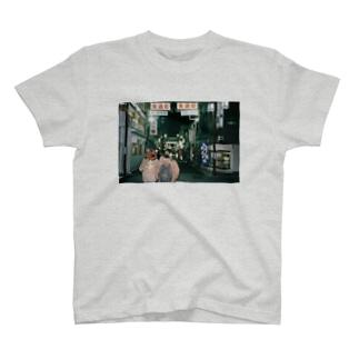 浅草散歩 T-shirts