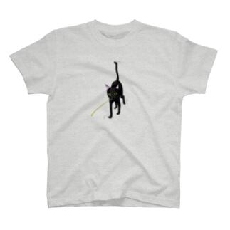 黒猫とじゃらし T-Shirt