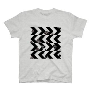 ギザギザドニワ T-shirts