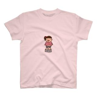 ブタ子 T-shirts