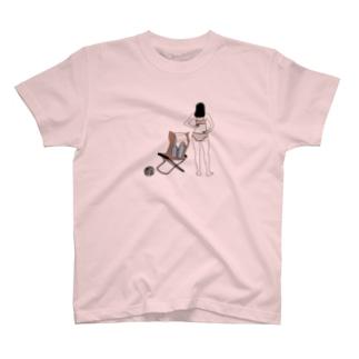お着替えガール T-shirts