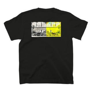 002 Photo Tee T-Shirt
