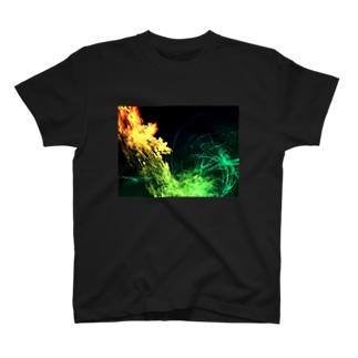炎の惑星 T-shirts
