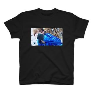 ☁︎ 睡魔ちゃん ︎︎☁︎︎⋆̩ T-shirts