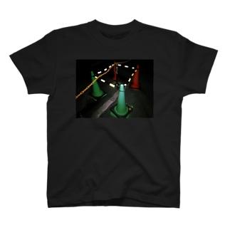 カラコン T-shirts