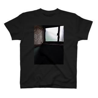 窓2 T-shirts