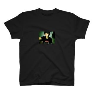 くぼ.jpg T-shirts