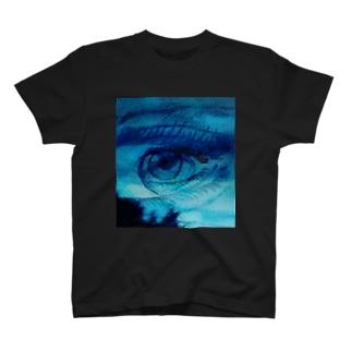 異端児 T-shirts
