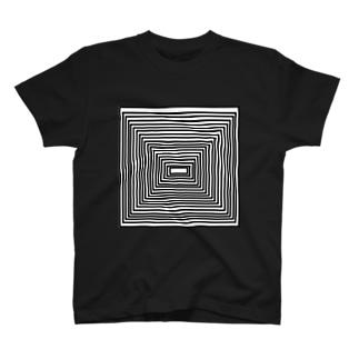 ピラミッドみたいな模様のTシャツ Tシャツ