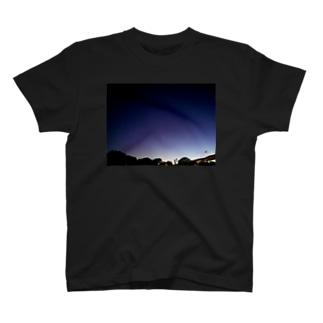 夜の君 T-shirts