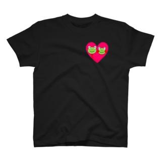 ラブラブハートのかえるさん T-shirts