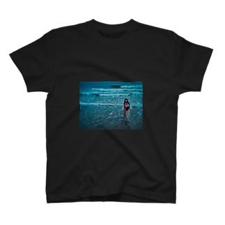 Rira 綿津見 T-shirts