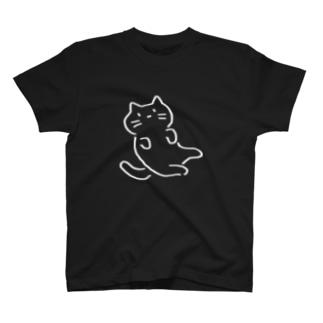たおれこむネコ T-shirts
