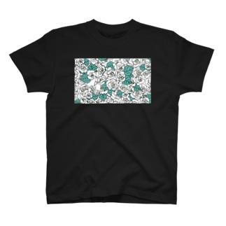 お花畑(白) T-shirts