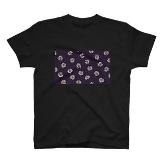 アンニュイなフラワー柄プリントT T-shirts
