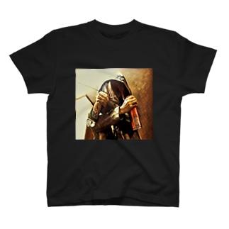 見敵必殺 T-shirts