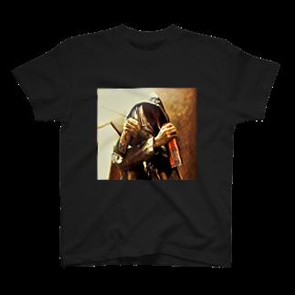 ルルののろいの見敵必殺 T-shirts
