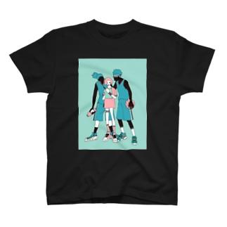 奪い合うのはボールかあの子のハートか T-shirts