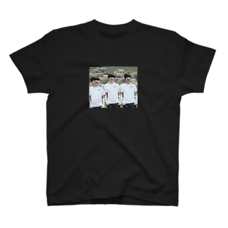 3人いればよっくんくんくんTシャツ T-shirts