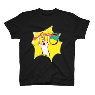 腕力たくさんusagi Tシャツ