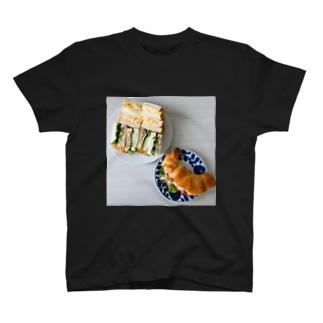 ある日のサンドウィッチ T-shirts