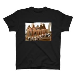 オシリ T-shirts