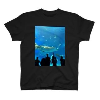 クジラ❔ T-shirts